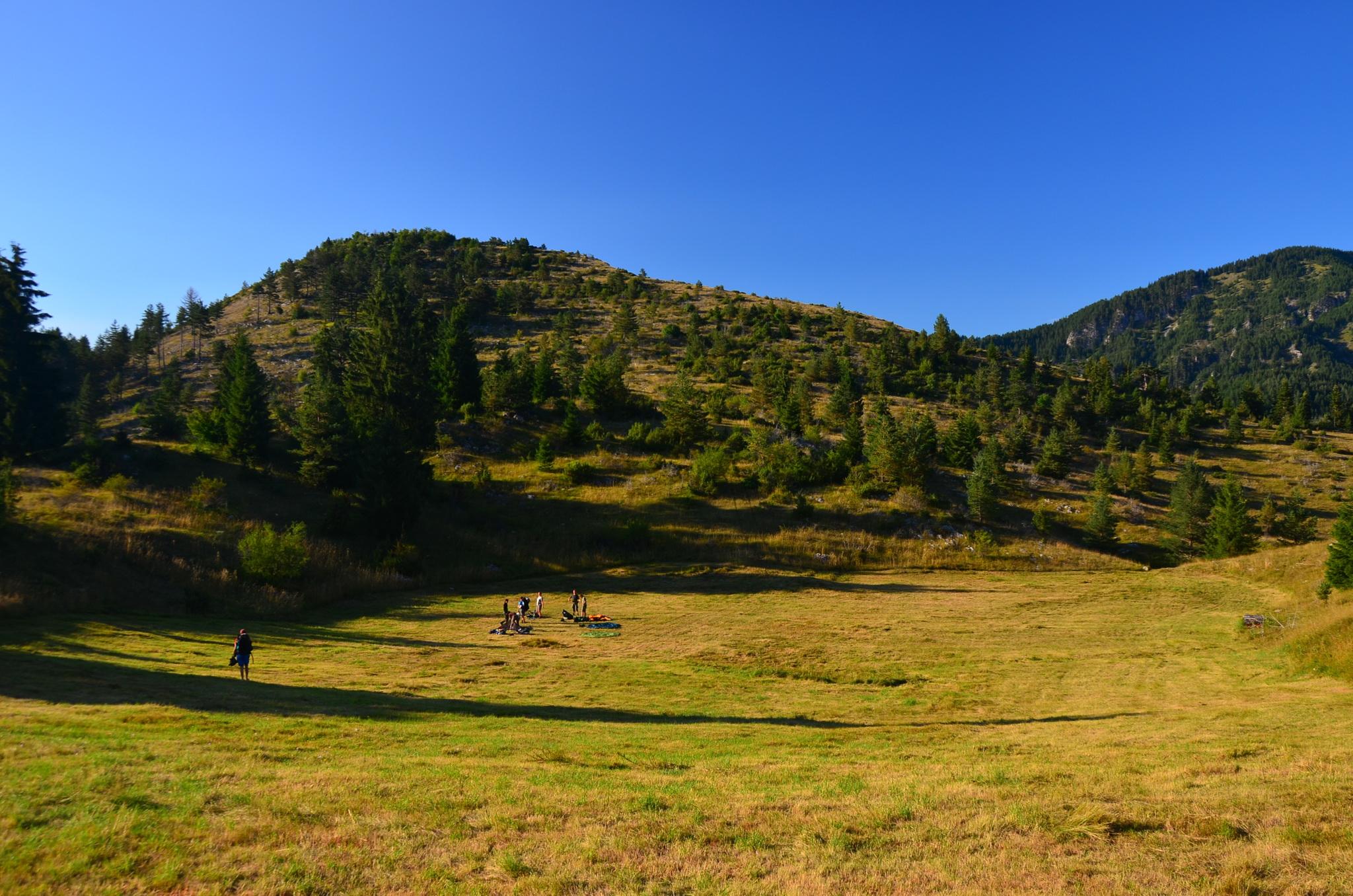 0210 - Tábořiště v údolí před Trigradem