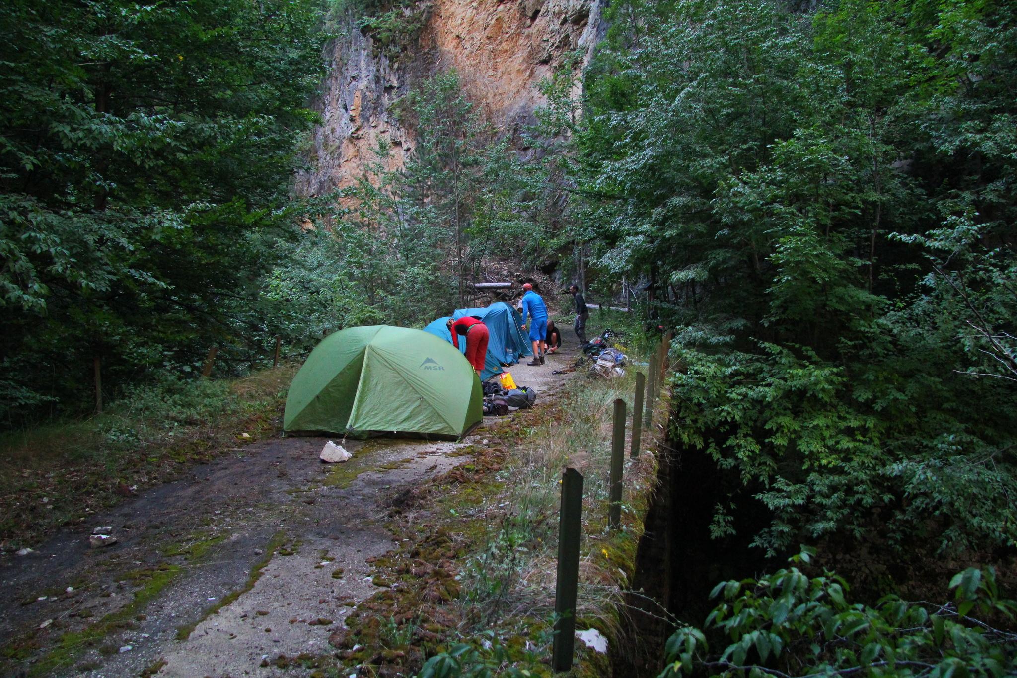 0290 - Tábořiště na třetí noc na mostě v rezervaci Kastrakli