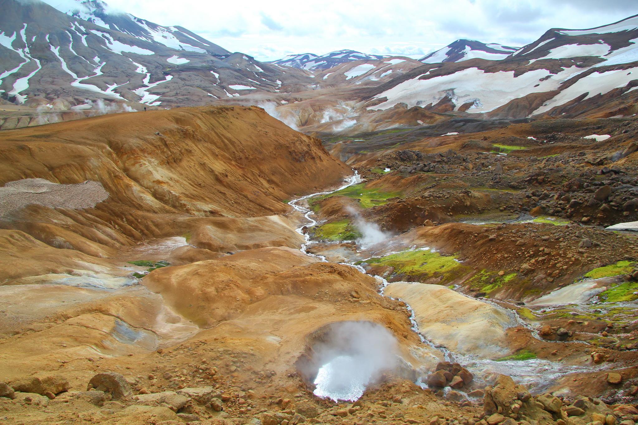 Island - Kerlingarfjöll, údolí Hveradalir