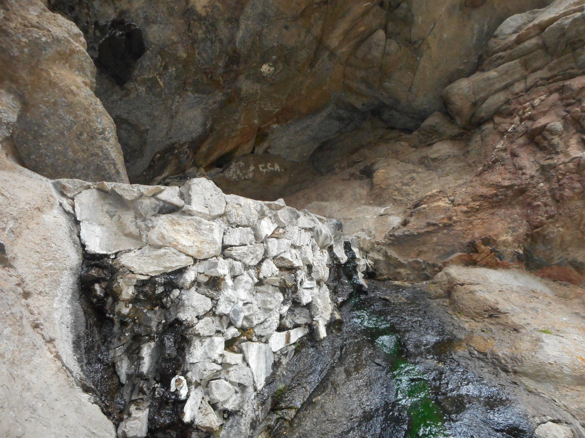 Altyn Arašan - Vlaštovčí hnízdo