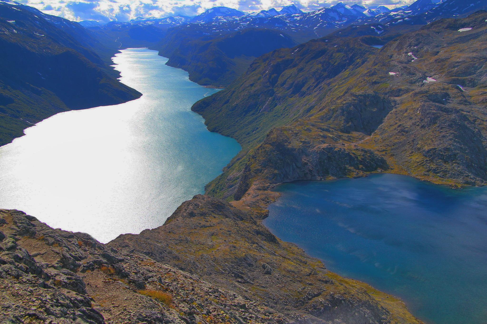"Besseggen - ""přehrada"" mezi jezery"