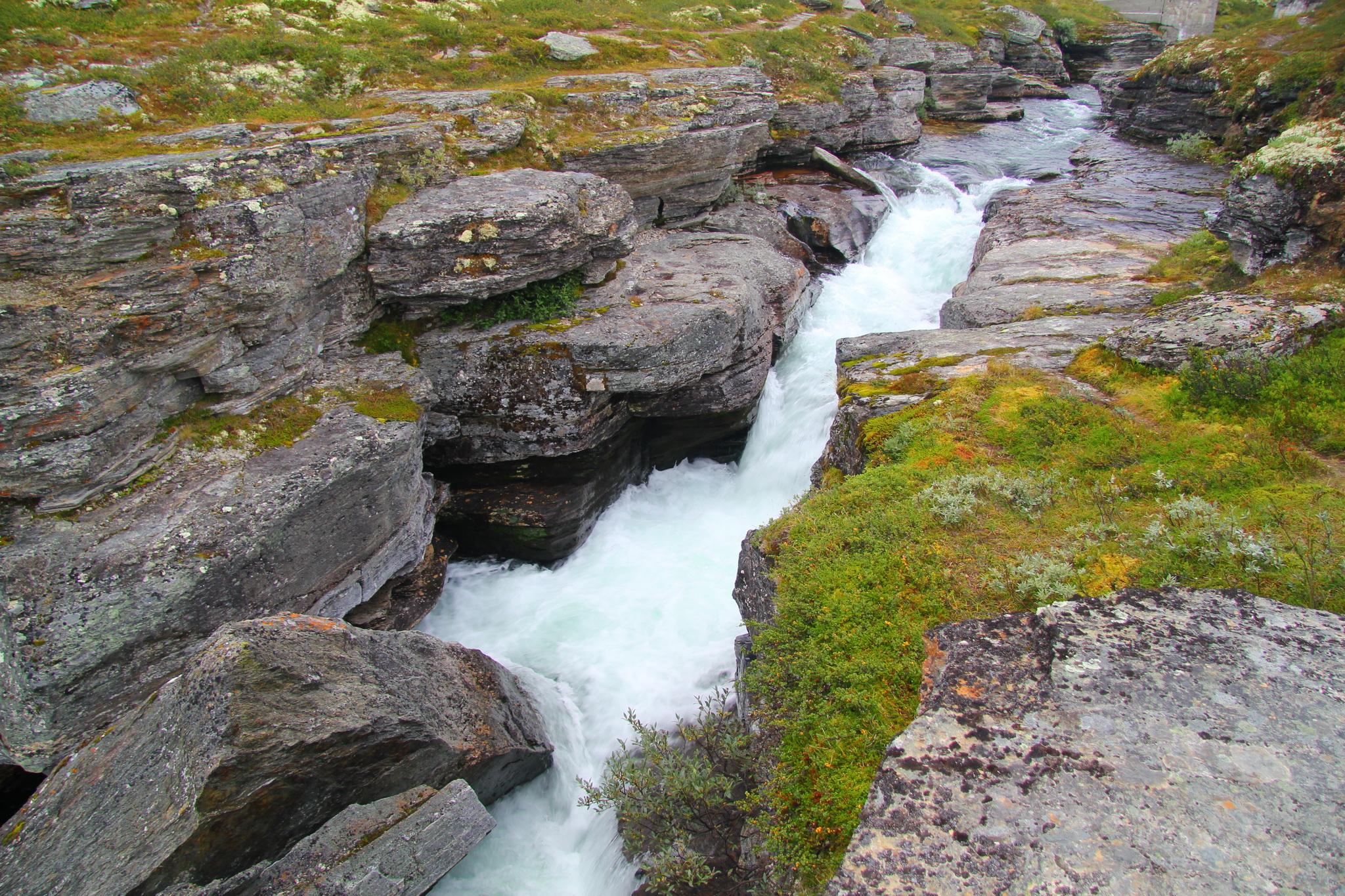 Cesta od chaty Rondvassbu do Otty, řeka Storula