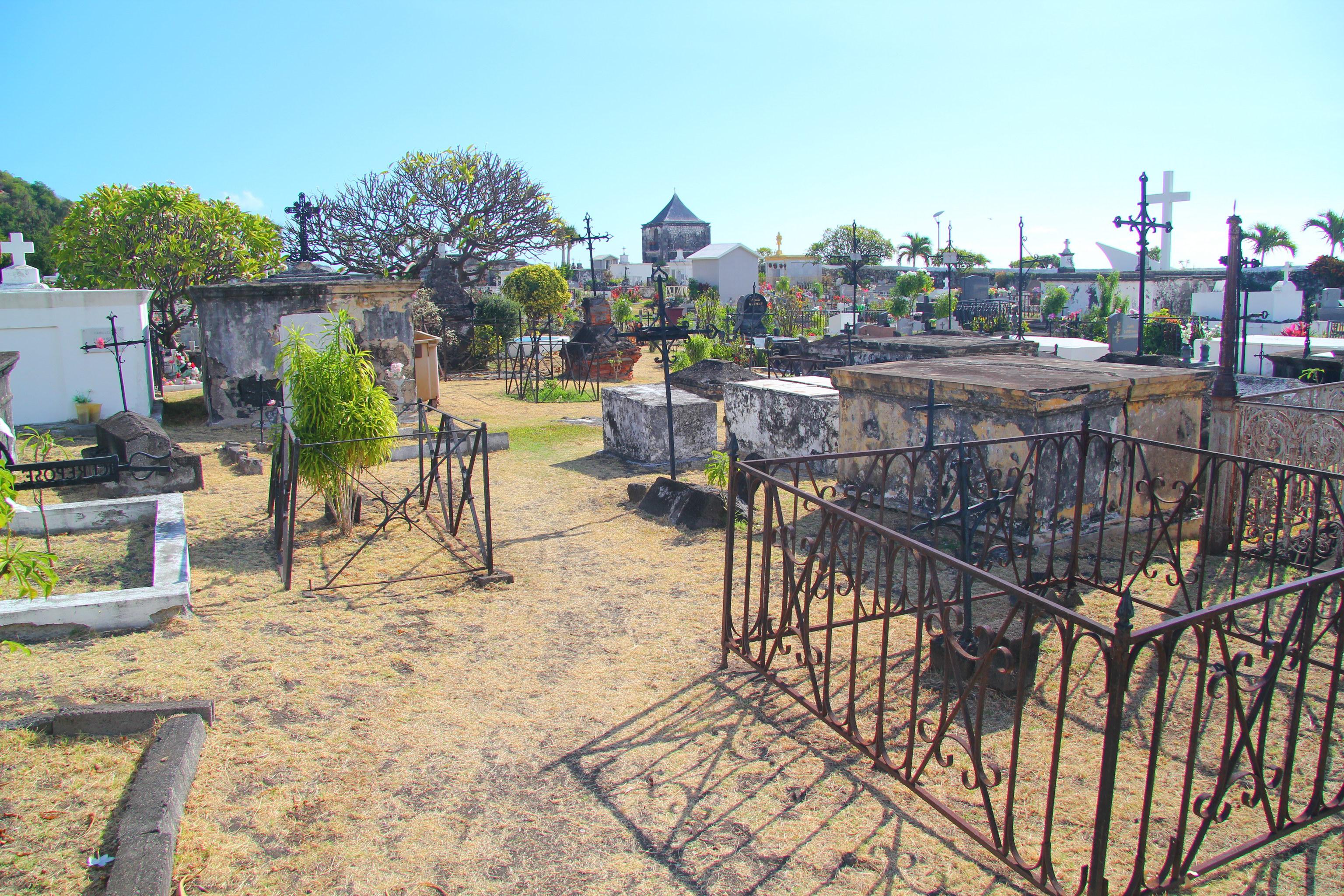 Saint-Paul - Námořní hřbitov